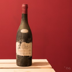 Guichard-Potherie - Corton Le Clos du Roi 1933 - 75cl.